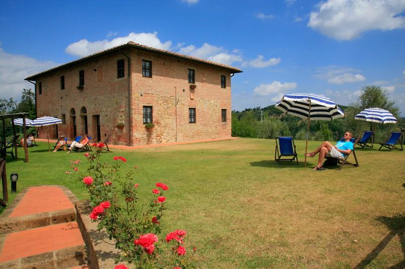 fattoria-di-colleoli-cerretello-1g