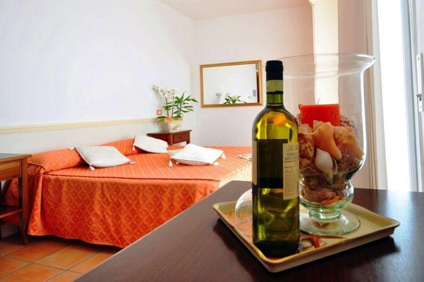 hotel-sylvia-room-1